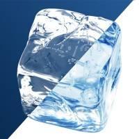Кубик льда на темном фоне с помощью фотошопа